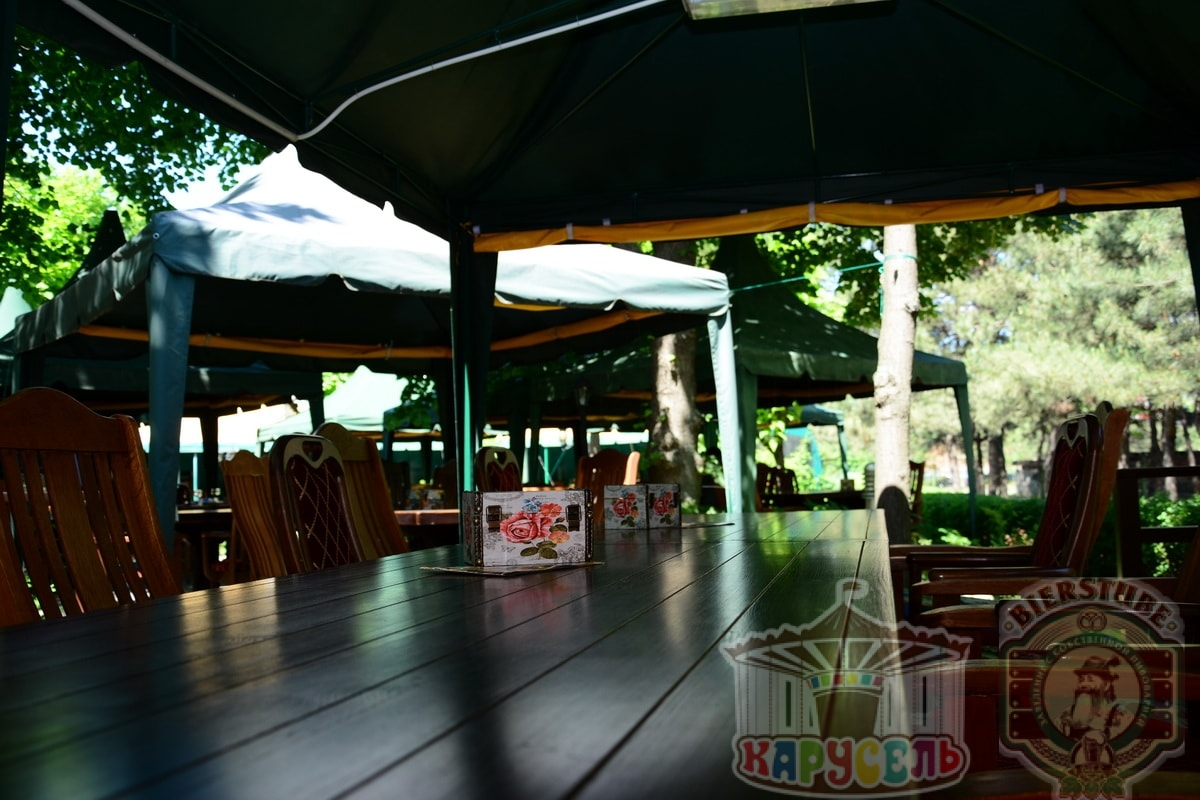 летняя площадка кафе карусель 4