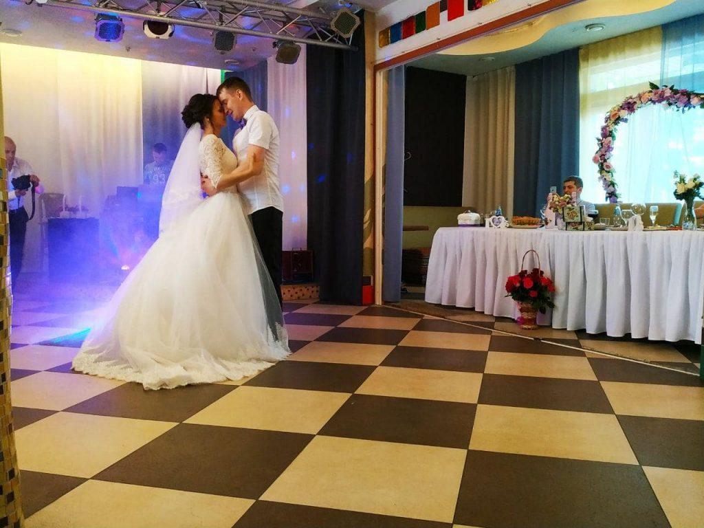 зал для свадьбы днепр
